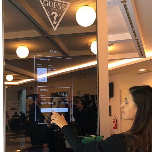 ABS Group - Guess specchio interattivo